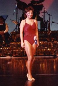 sarah-palin-swimsuit-photo