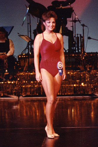 sarah palin swimsuit photo zzzlist
